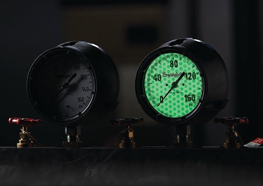 Illumintated Gauge vs Standard Gauge