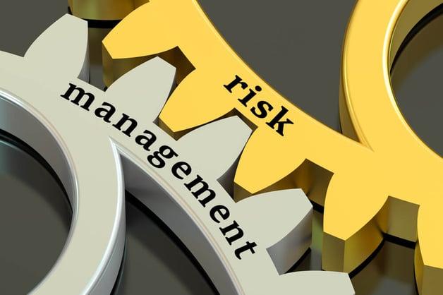 risk management gear wheels